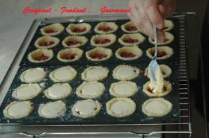 Mini-tourtes de fruits rouges - septembre 2008 011 copie