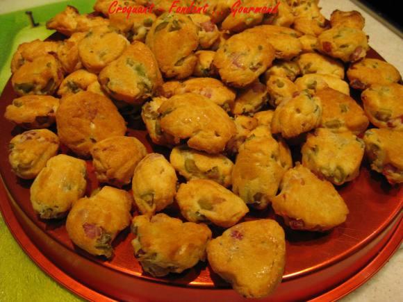 Madeleines aux olives et aux lardons - mars 2009 001 copie