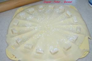 Croissants pâte d'amande - octobre 2009 149 copie