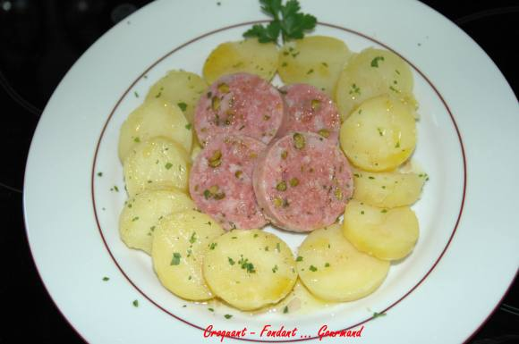 Saucisson de Lyon pistaché en salade tiède - DSC_3235_743