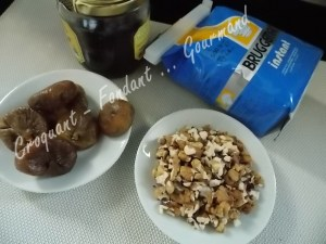 Petits pains figues-noix DSCN2318_22193