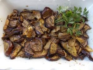 Aubergines grillées en salade DSCN0131_29669