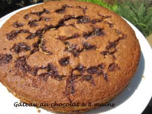 Gâteau au chocolat à 8 mains IMG_5881_34672