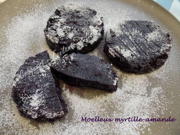 Moelleux myrtille-amande DSCN8579