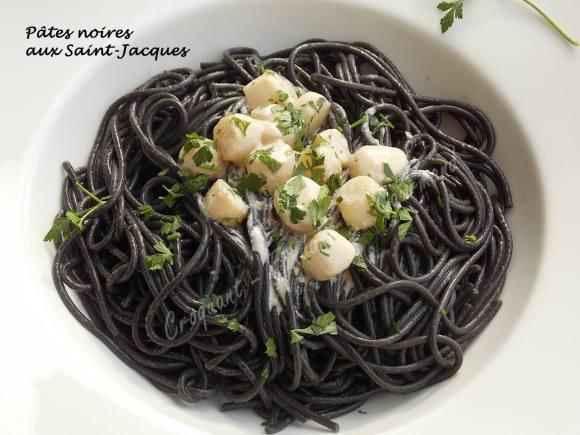 Pâtes noires aux Saint-Jacques DSCN2245