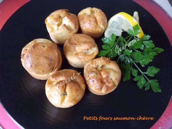 Petits fours saumon-chèvre DSCN2112