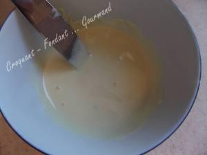 Cake vanille-chocolat blanc et sa brochette de fraise DSCN4415