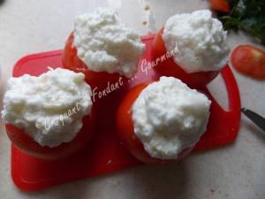 Œuf en nid de tomate DSCN0316