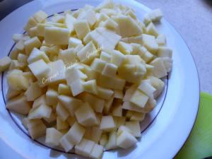 Gâteau pommes-noix P1000133