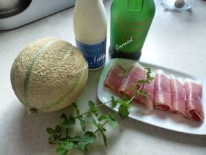 Soupe glacée au melon P1040404