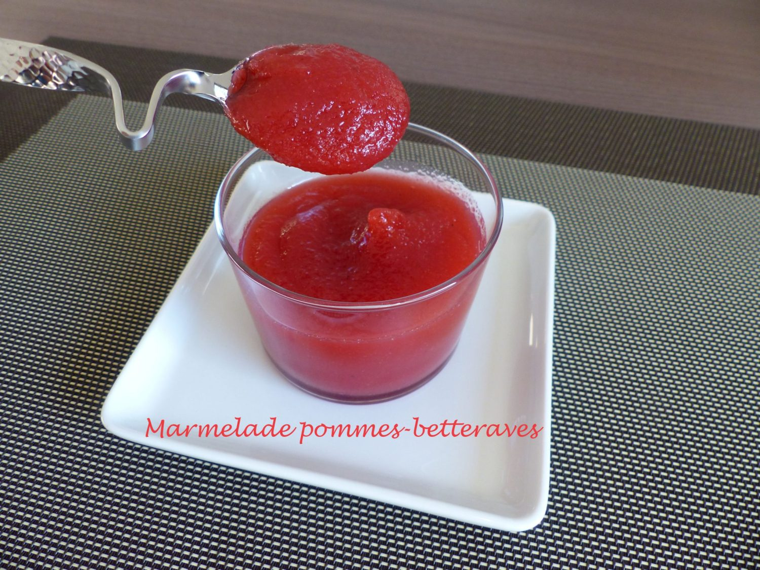 Marmelade pommes-betteraves P1050999