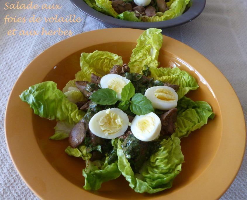 Salade aux foies de volaille et aux herbes P1110257 R