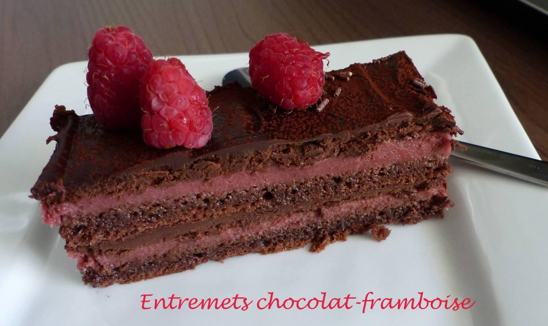 Entremets chocolat-framboise P1180282 R