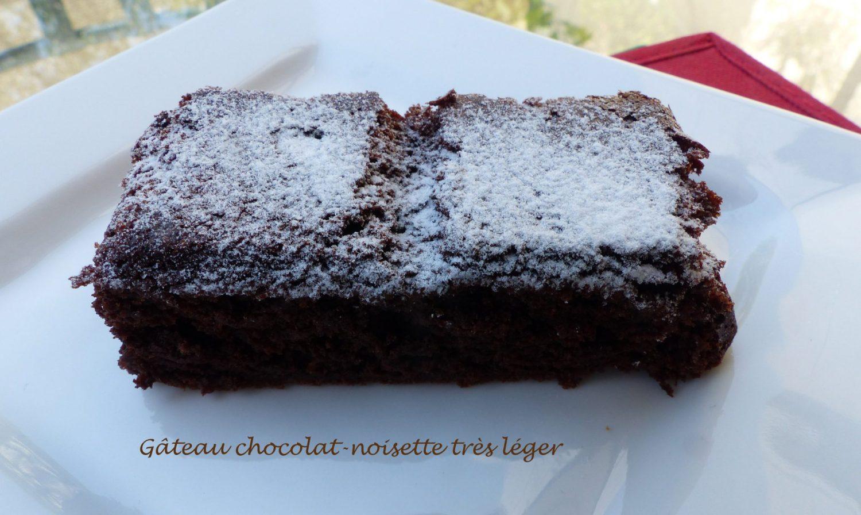 Gâteau chocolat-noisette très léger P1110973 R