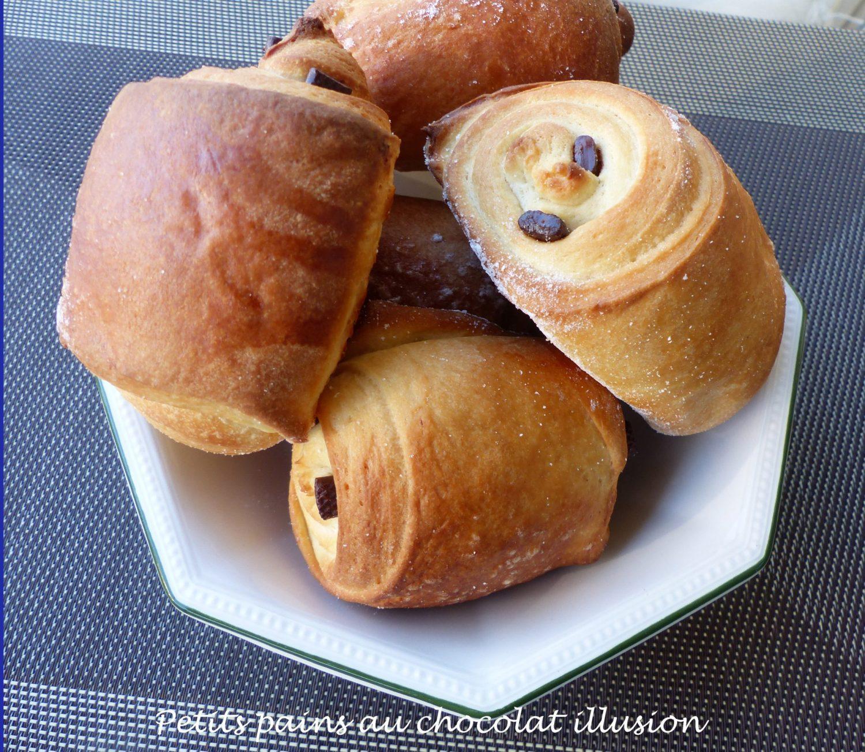 Petits pains au chocolat illusion P1120393 R