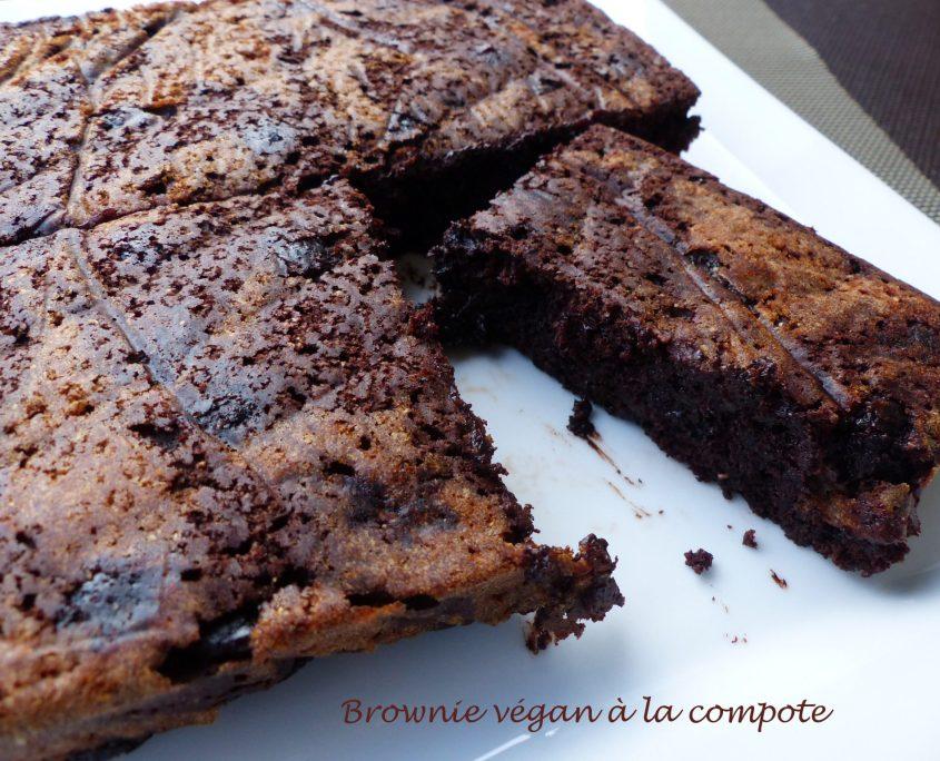 Brownie végan à la compote P1120380 R