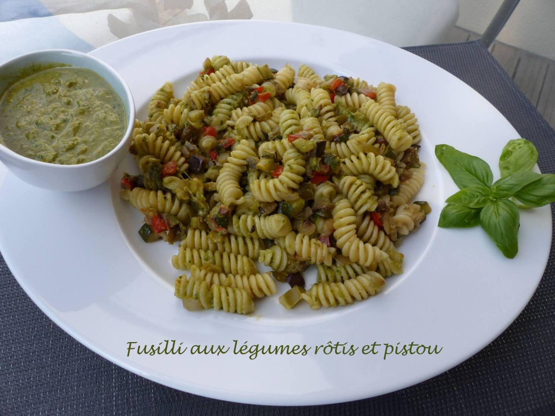 Fusilli aux légumes rôtis et pistou P1190271 R