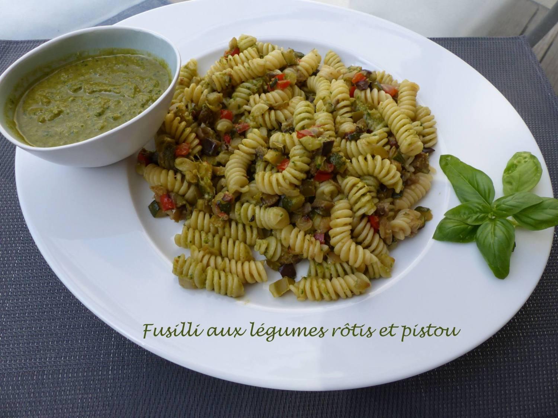 Fusilli aux légumes rôtis et pistou P1190275 R