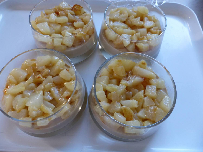 Panna cotta au café - poire et noix caramélisées P1190827
