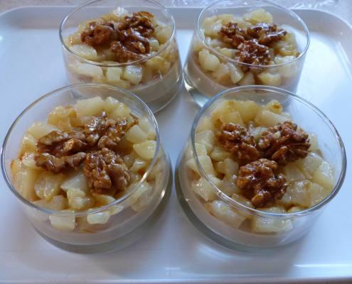 Panna cotta au café - poire et noix caramélisées P1190828