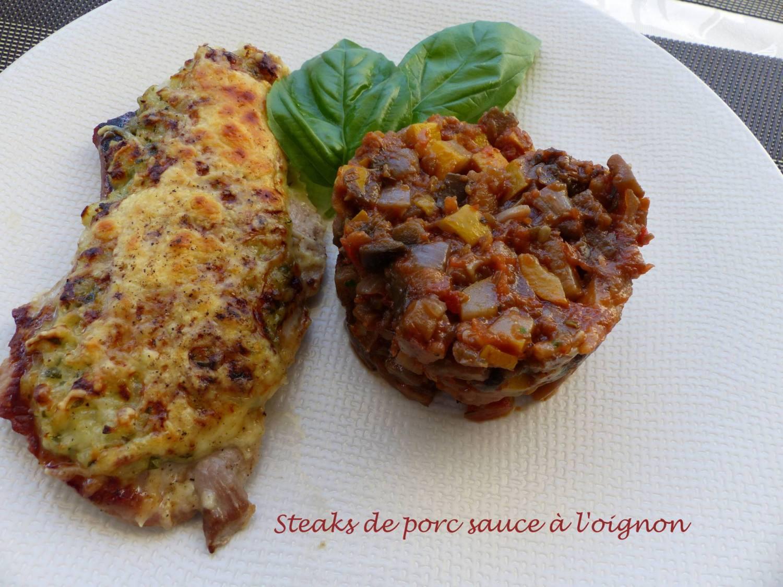 Steaks de porc sauce à l'oignon P1190360 R