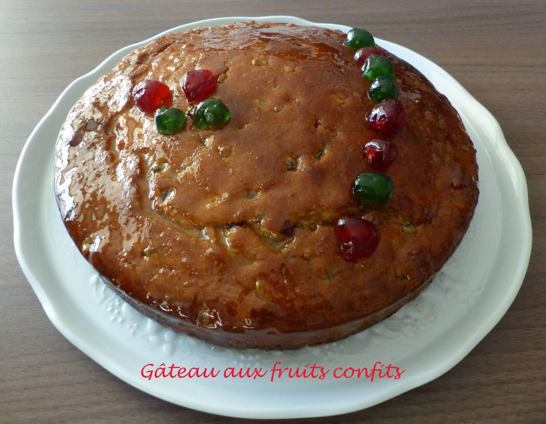Gâteau aux fruits confits P1200600 R