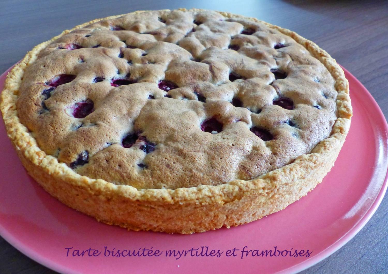 Tarte biscuitée myrtilles et framboisesP1200733 R