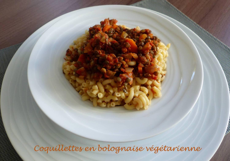 Coquillettes en bolognaise végétarienne P1220147 R