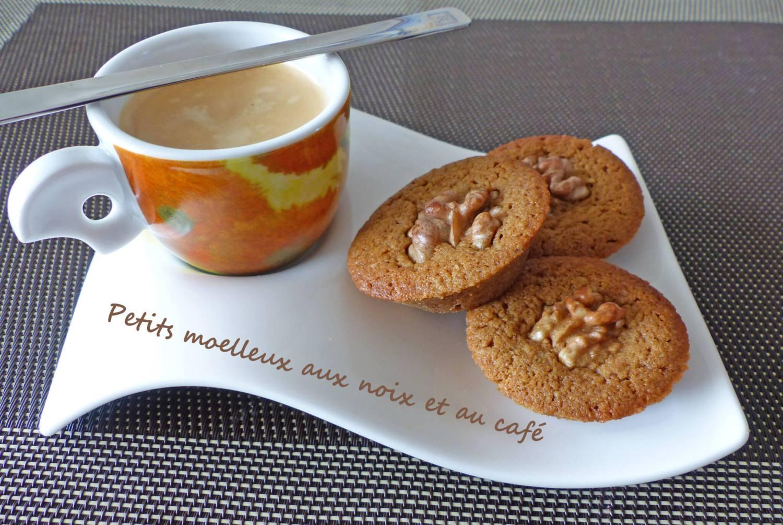 Petits moelleux aux noix et au café P1240173 R