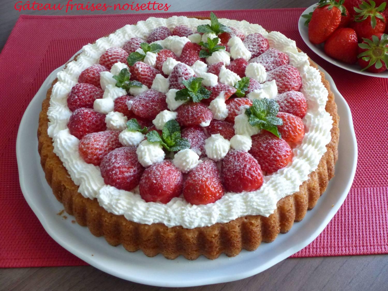 Gâteau fraises-noisettes P1170559 R