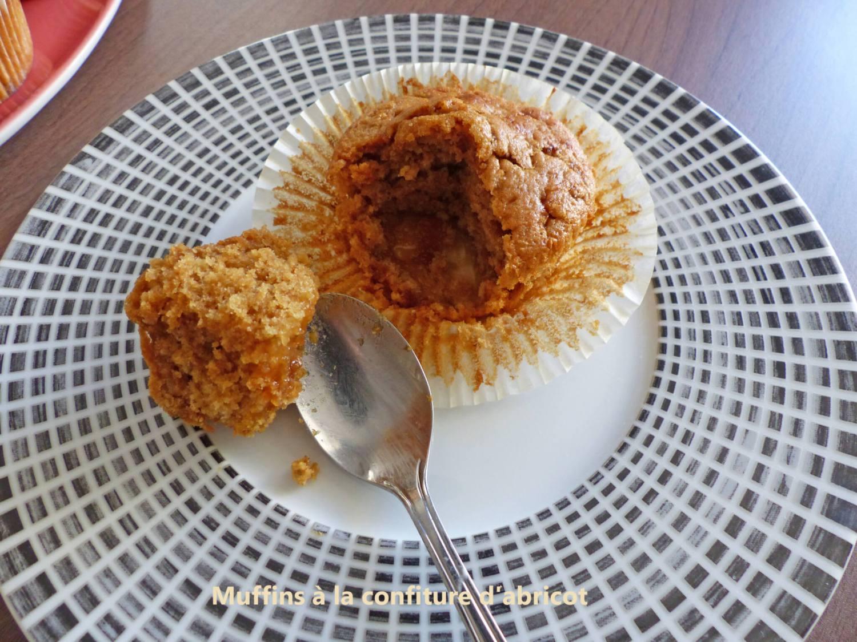 Muffins à la confiture d'abricot P1250187 R