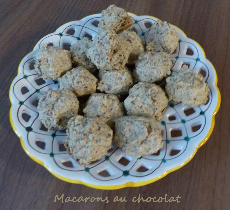Macarons au chocolat P1210435 R
