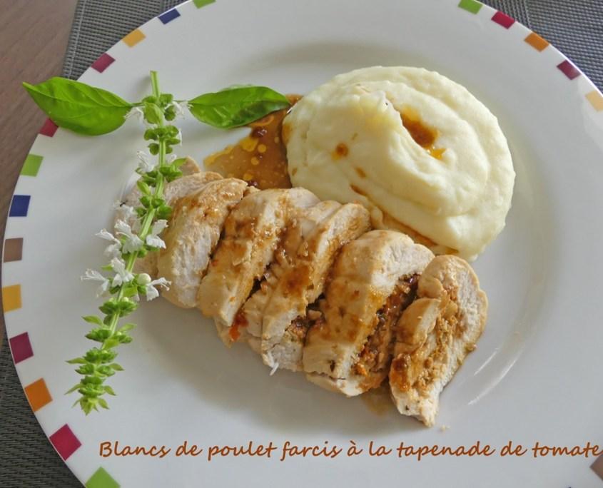 Blancs de poulet farcis à la tapenade de tomate P1020247 R (Copy)