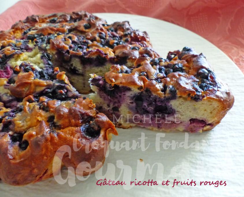 Gâteau ricotta et fruits rouges P1250683 R