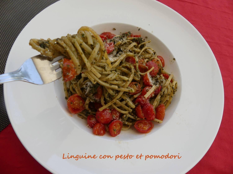 Linguine con pesto et pomodori P1020646 R