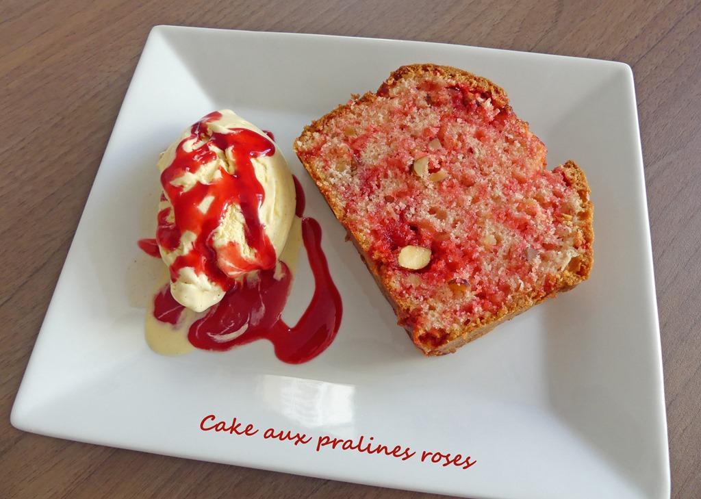 Cake aux pralines roses P1020832 R (Copy)