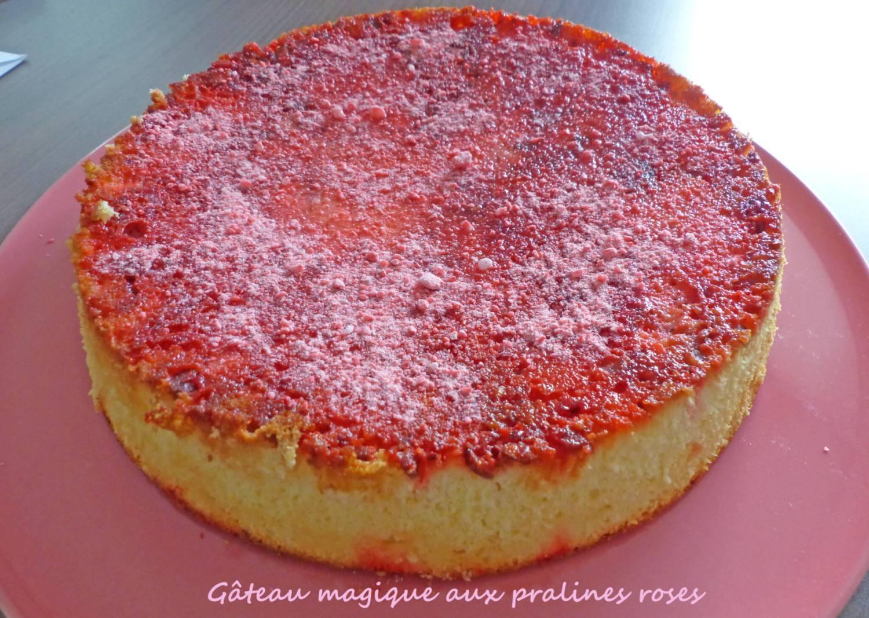 Gâteau magique aux pralines roses P1270236 R