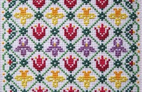 Stitch up a Garden of Spring Flowers
