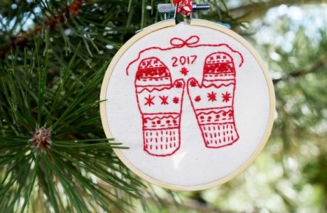 A Sweet Mitten Embroidery Pattern for Practice