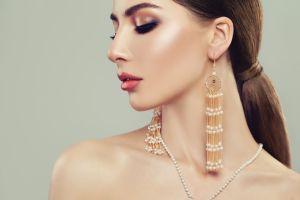 Selecting Earrings for a Crossdresser