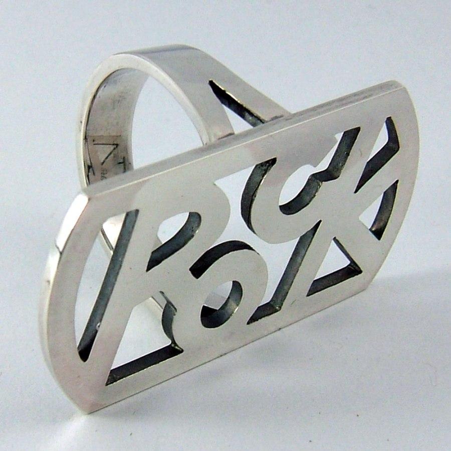 ROCK LOGO RING5