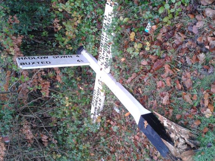 Fingerpost in Jarvis Brook taken on 2nd December 2014.