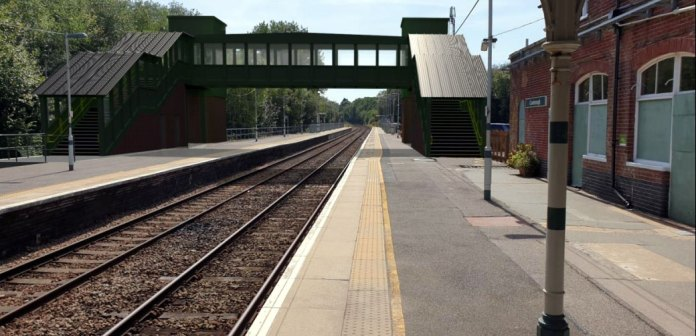 CGI of proposed bridge and lift at Crowborough Railway Station (Image taken from planning application Ref: WD/2021/0929/P18)