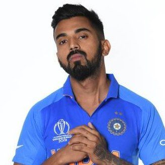 India's No.4 conundrum:Vijay Shankar or KL Rahul?
