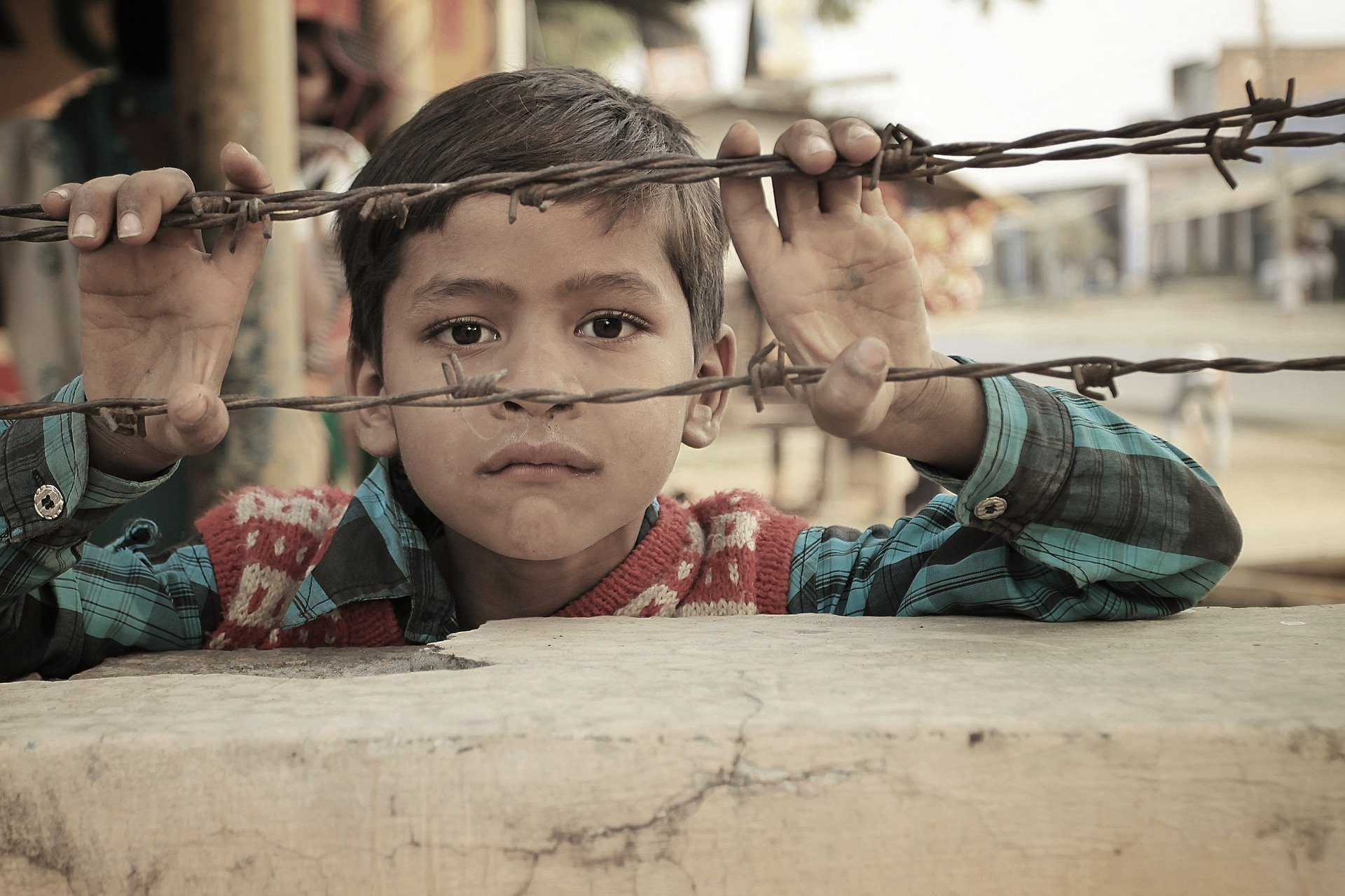 Five Surveys: India's Lowest Income Groups in Serious Trouble