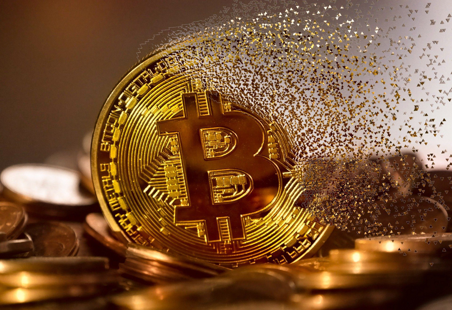 Should you buy Bitcoin now? Bitcoin Momentum continues to be +ve but AltCoins have the edge