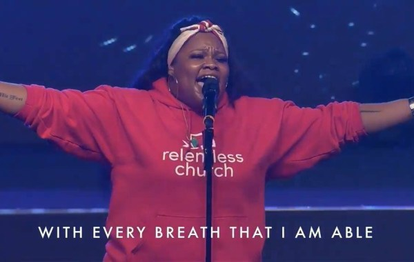 Tasha Cobbs – Goodness Of God Lyrics