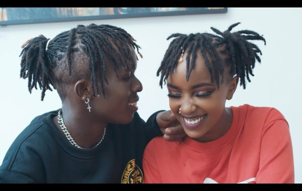 AFRICAN PABLO Ft THE AMORE FAMILY - Rasta Love Lyrics