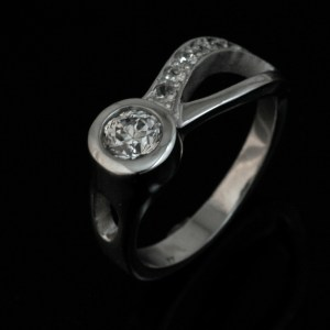 Two River Ring 14k-White Gold - Diamond