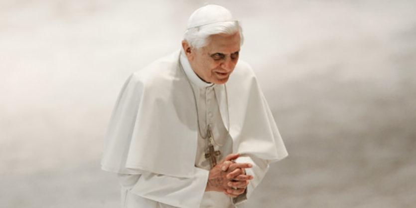 Про сексуальну революцію, гомолоббі та відхід від традиції. Бенедикт XVI про причини кризи в Церкві.